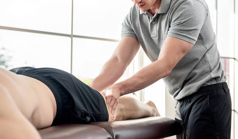 sports physio in macleod